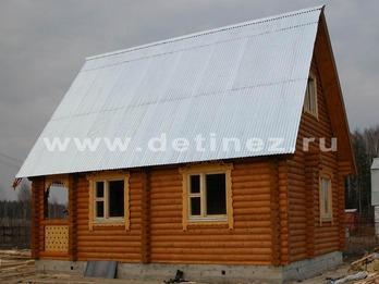 Бревенчатый дом 107 6х8м