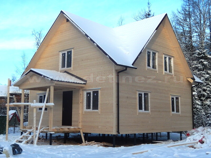 Каркасные дома 9х9м