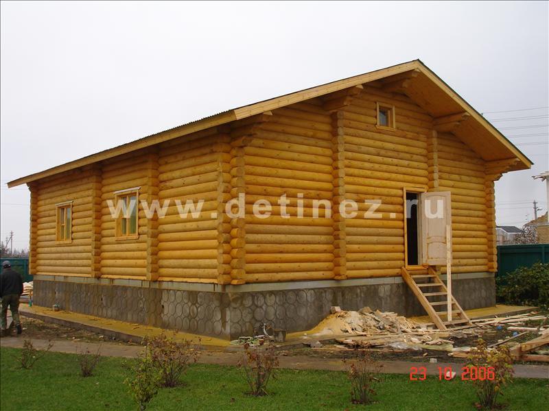 Дом-баня из бревна 1104