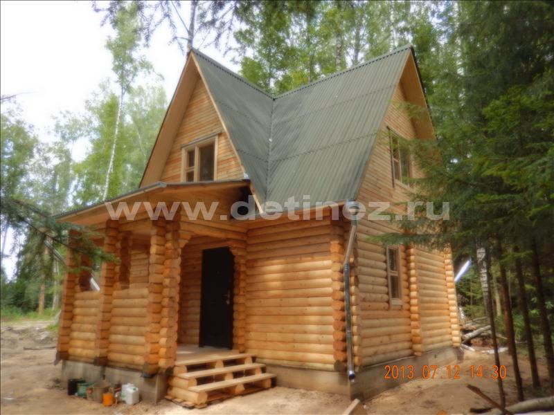 Дачный дом из бревна 1244