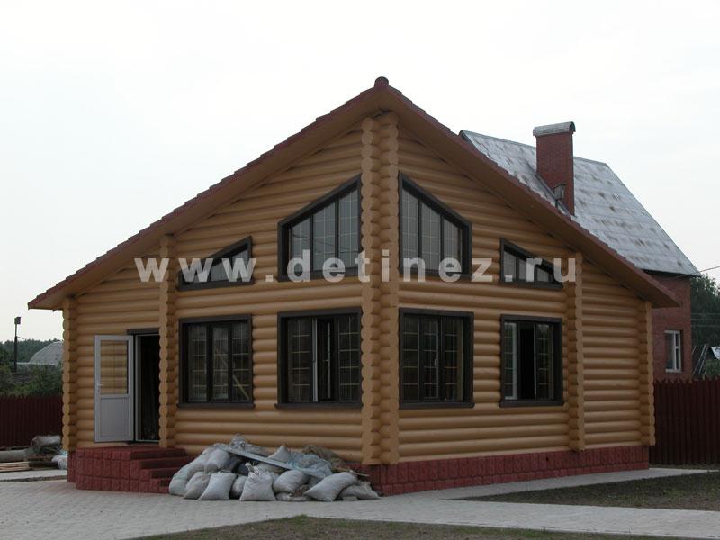 Дом-баня из оцилиндрованного бревна 222